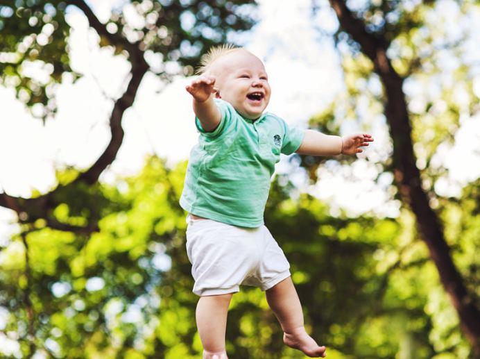 câu hỏi về trẻ sơ sinh số 11 -Tại sao bé chậm mọc răng